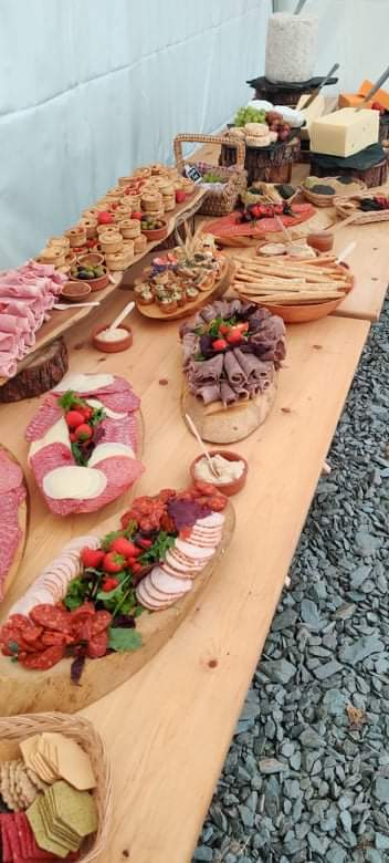 #grazing table #buffet #familygathering #catering #delivery #wedding